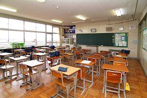 学校のエアコン使用について